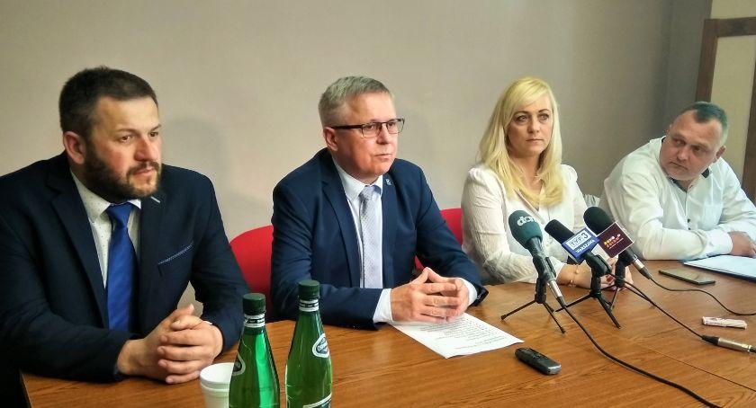 Polityka, Kukiz'15 apeluje Idźmy wybory zagłosujmy trzecią siłę - zdjęcie, fotografia