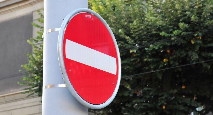 Komunikaty i ogłoszenia, Zamknięcie ulicy Zwoleńskiej objazd linii - zdjęcie, fotografia
