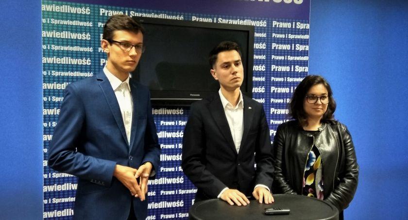 Polityka, Forum Młodych Radomia Opozycja zdała egzaminu była stanie przekonać siebie młodych ludzi - zdjęcie, fotografia