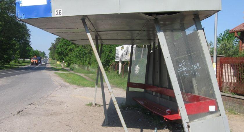 Informacje z Radomia i okolic , Dewastacje przystanków Radomiu Odnotowano przypadków - zdjęcie, fotografia