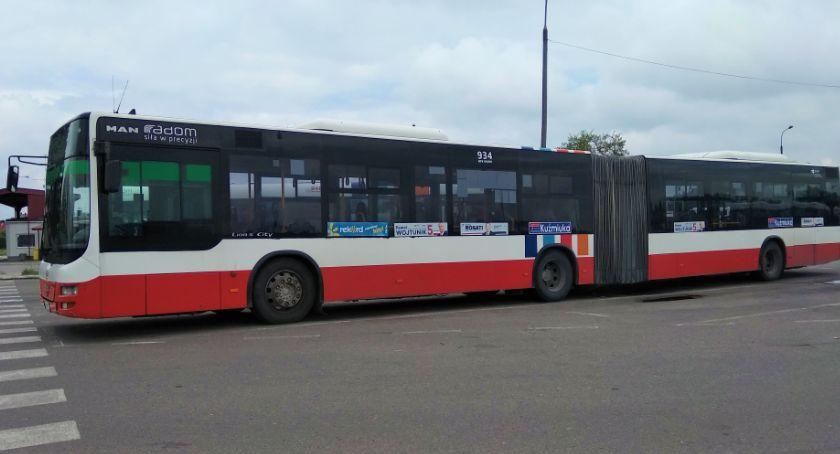 Komunikacja Miejska , Korekta rozkładu jazdy autobusów miejskich linii - zdjęcie, fotografia