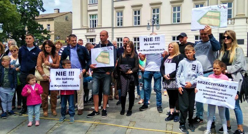 Ważne, Krychnowicach powstaną wielkie Lokalna społeczność protestuje [FOTO] - zdjęcie, fotografia