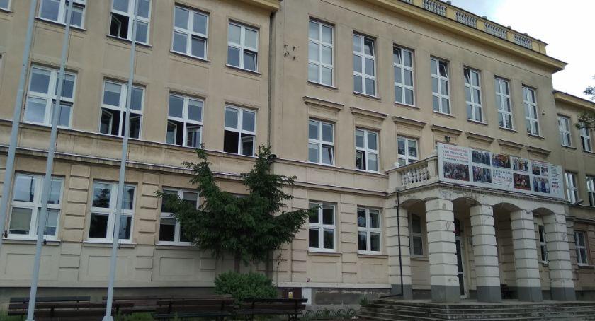 Edukacja, Pierwszy rekrutacji szkół zakończony wolne miejsca! - zdjęcie, fotografia