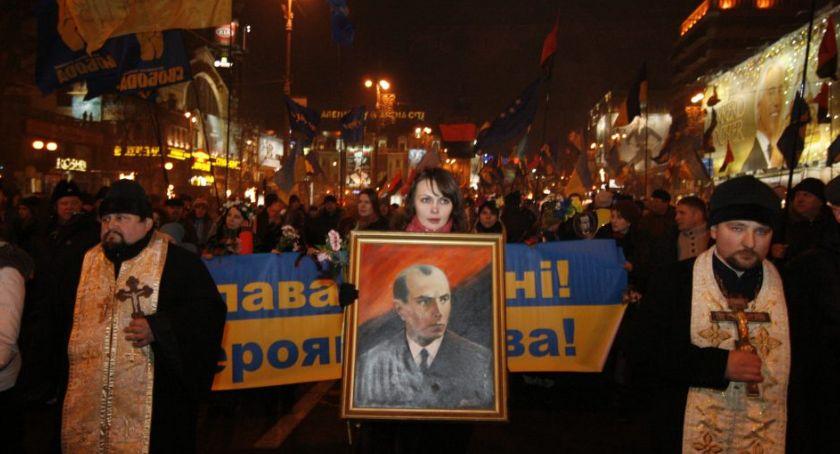 Kresy, Skandal! Dziesięciolatek Torunia przed polskim sądem nazwanie Stepana Bandery bandytą - zdjęcie, fotografia