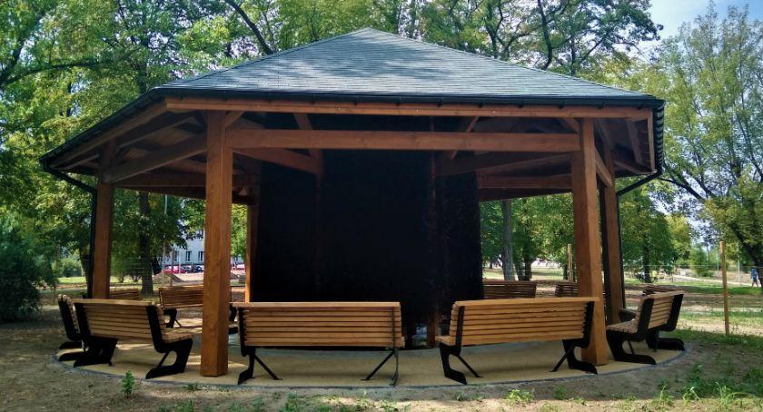 Informacje z Radomia i okolic , Obozisku Można korzystać tężni solankowej [FOTO] - zdjęcie, fotografia