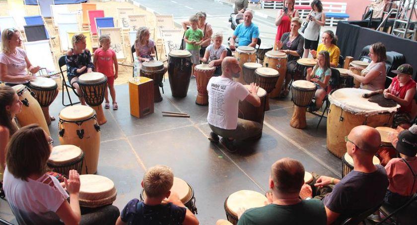 Rozrywka, Warsztaty bębniarskie Miejskim Ośrodku Kultury Amfiteatr [FOTO] - zdjęcie, fotografia