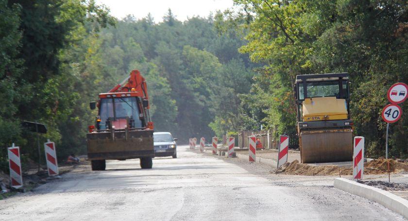 Komunikaty i ogłoszenia, Uwaga! Utrudnienia ruchu drogowym - zdjęcie, fotografia