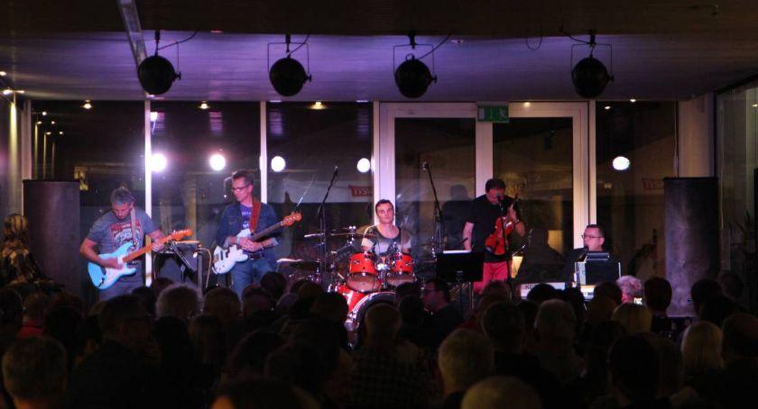 Koncerty, Koncert zespołu Blues Mazowieckim Centrum Sztuki Współczesnej Elektrownia [FOTO] - zdjęcie, fotografia