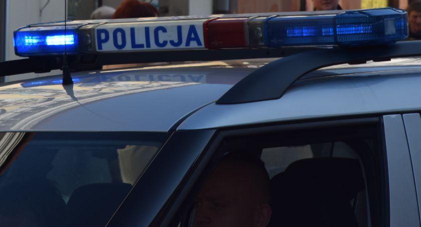 Policja Radom/Policja Mazowiecka, Policja poszukuje świadków wypadku - zdjęcie, fotografia