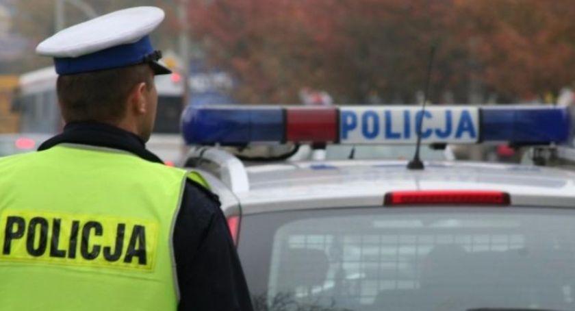 Policja Radom/Policja Mazowiecka, Nietrzeźwy dostawca pizzy jazda zygzakiem - zdjęcie, fotografia