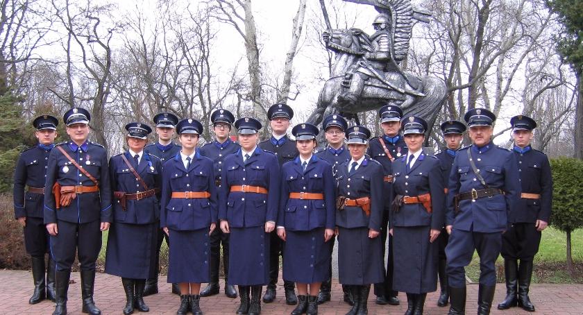 Informacje z Radomia i okolic , Rekonstruktorzy Radomia czcili pamięć Policji Państwowej - zdjęcie, fotografia