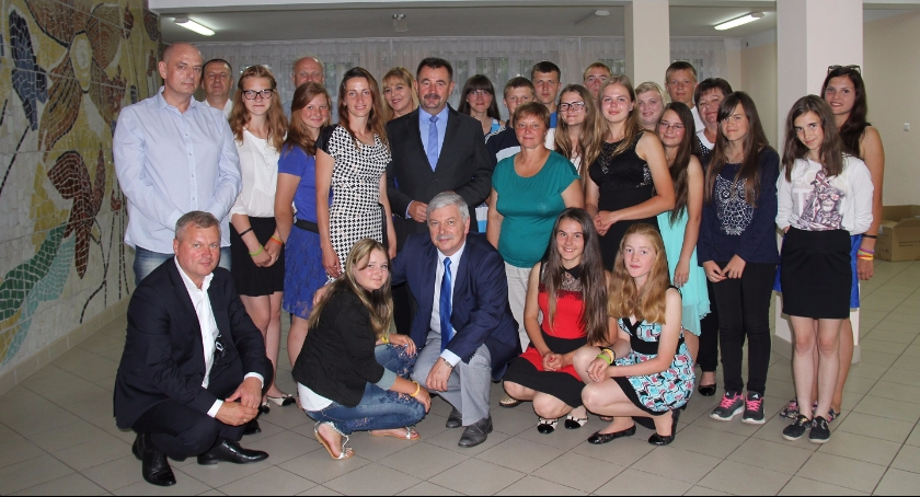 Kresy, Uroczyste pożegnanie Młodzieży Dziewieniszek - zdjęcie, fotografia