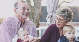 Nowe legitymacje dla emerytów i rencistów