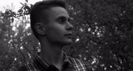 Łaźnia zaprasza na spotkanie z poezją Macieja Bujanowicza