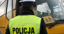 Policja skontroluje autokary wiozące dzieci na ferie zimowe