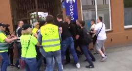 Incydent podczas manifestacji KOD-u w Radomiu. Śledztwo umorzone