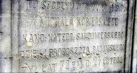 Wielkanocna kwesta na radomskim cmentarzu