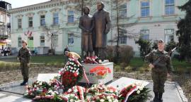 Radomianie uczcili pamięć ofiar katastrofy smoleńskiej [FOTO]