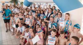 235 medali trafiło do rąk młodych pływaków w Przysusze