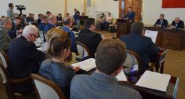 69. nadzwyczajna sesja Rady Miejskiej. Burzliwie o trasie N-S i przebudowie Wojska Polskiego [FOTO]