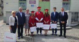 Stypendia marszałka dla najzdolniejszej młodzieży z Mazowsza