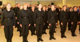 Nowi funkcjonariusze policji w garnizonie mazowieckim [FOTO]