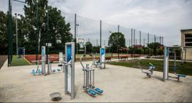 Nowe boisko i siłownia przy PSP na Starokrakowskiej