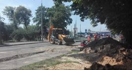 Na budowie trasy N-S trwają prace rozbiórkowe i ziemne oraz wycinki drzew