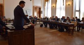 Sesja Rady Miejskiej. Najpierw wyzwiska, potem uchwały [FOTO]