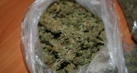Narkotyki w słoiku