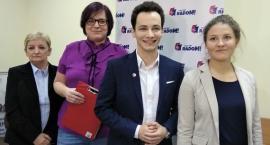 """1000 podpisów pod projektem uchwały obywatelskiej? """"Udowodnimy, że się da"""" [FOTO]"""