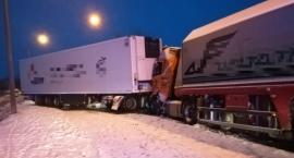 Zderzenie dwóch pojazdów ciężarowych [FOTO]