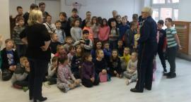 Policjanci kontrolują miejsca wypoczynku dzieci i młodzieży