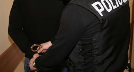 Trzy osoby zatrzymane w związku z posiadaniem narkotyków