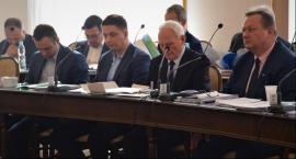 Sesja Rady Miejskiej w Radomiu. Radni apelują o zawieszenie strajku [FOTO]