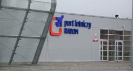 Otwarcie ofert na przebudowę i wydłużenie drogi startowej lotniska w Radomiu