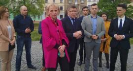 Posłowie PiS oraz Forum Młodych PiS Radom zaapelowali o udział w wyborach do Europarlamentu [FOTO]