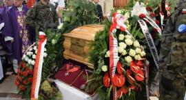 Wierni pożegnali ojca Huberta Czumę [FOTO]