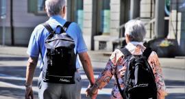 Seniorzy otrzymali teleopaski