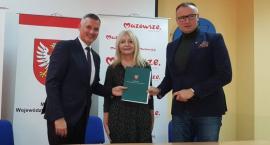Środki na pracownie informatyczne i językowe dla gmin z powiatów przysuskiego, radomskiego, lipskiego, zwoleńskiego, białobrzeskiego oraz kozienickiego