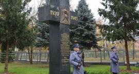 Odsłonięcie pomnika upamiętniającego zamordowanych policjantów