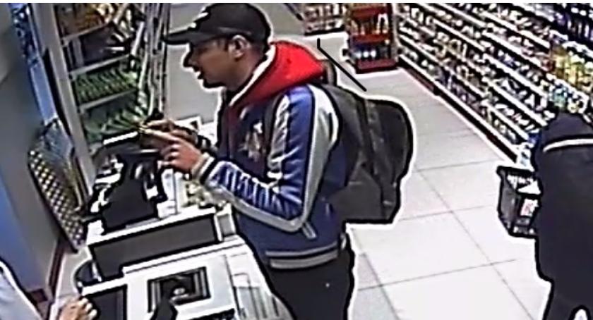 Kronika policyjna, Wizerunek mężczyzn podejrzewanych dokonanie kradzieży - zdjęcie, fotografia