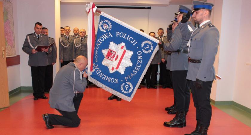 Kronika policyjna, Wprowadzenie Komendanta Powiatowego Policji Piasecznie - zdjęcie, fotografia