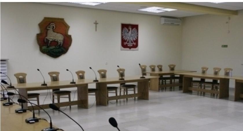 W Urzędzie, sesja Miejskiej Piasecznie - zdjęcie, fotografia