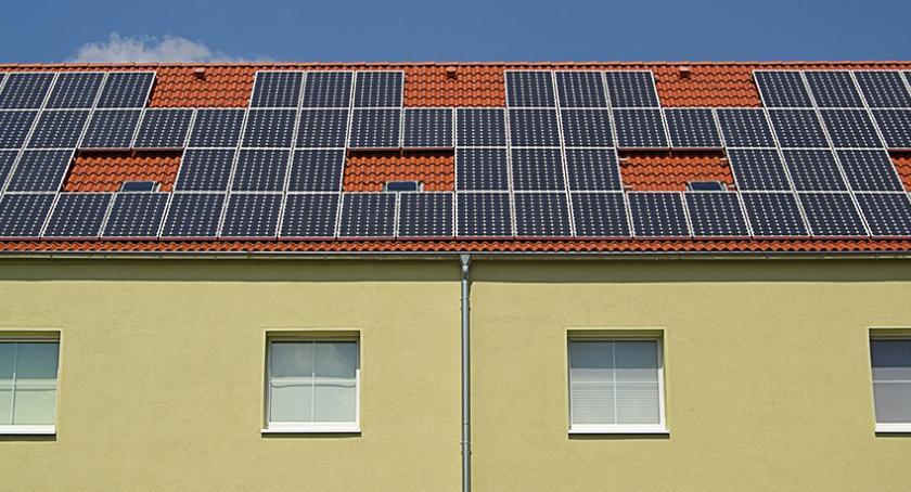 Nieruchomości - Ulice, Panele słoneczne warto zdecydować - zdjęcie, fotografia