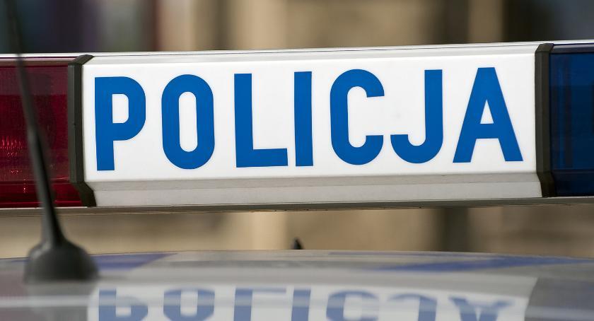 Kronika policyjna, Policja apeluje ostrożność drodze - zdjęcie, fotografia