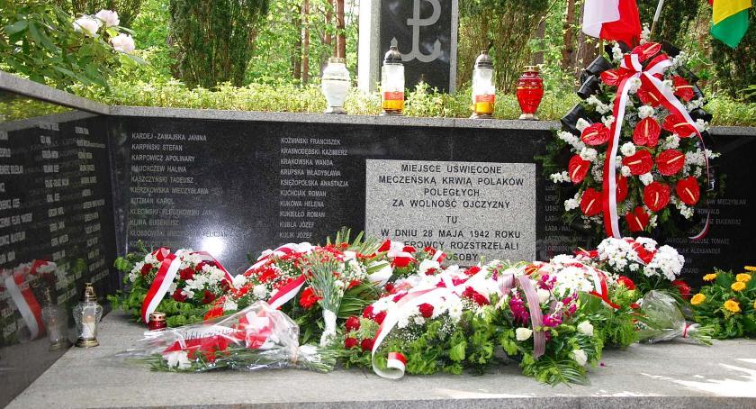 Historia, rocznica rozstrzelania więźniów Pawiaka 2018) - zdjęcie, fotografia