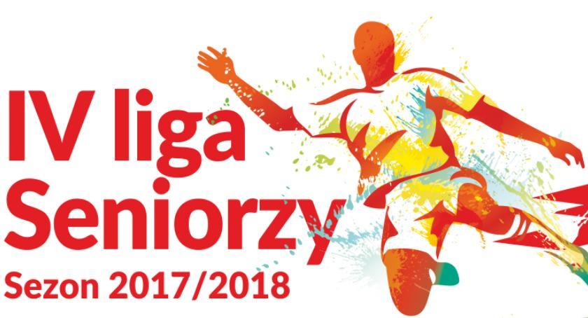 Piłka nożna , Piaseczno Pogoń Grodzisk - zdjęcie, fotografia