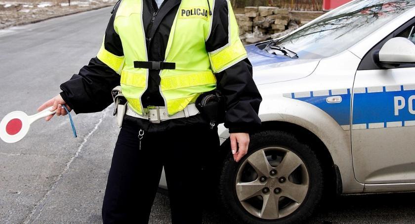 Kronika policyjna, Areszt kierowcy podejrzewanego rozbój - zdjęcie, fotografia