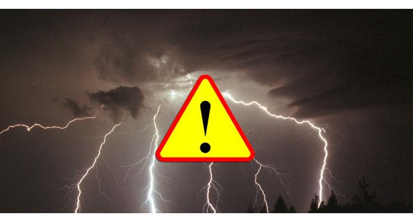 Sprawy lokalne, Ostrzeżenie przed burzami - zdjęcie, fotografia